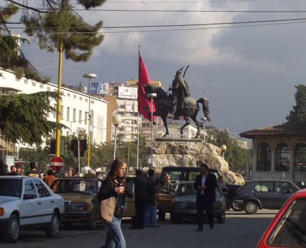 Skanderbeg-pladsen, Tirana. Foto: Bj�rn Andersen